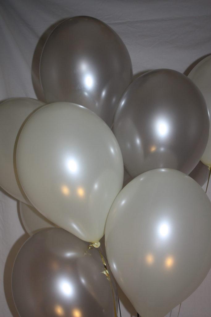 zilver-witte-ballonnen
